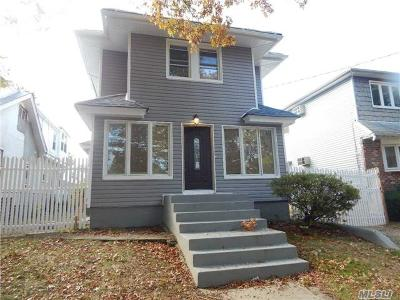 Single Family Home For Sale: 110-44 175th St