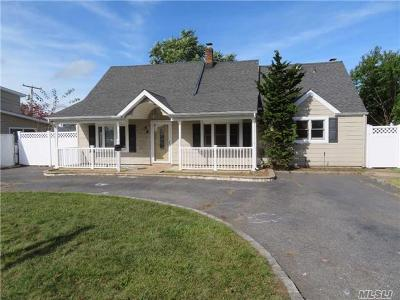 Levittown Single Family Home For Sale: 56 Academy Ln