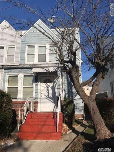 Single Family Home For Sale: 25-33 Humphreys St