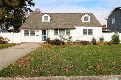 Oceanside Single Family Home For Sale: 314 Weidner Ave