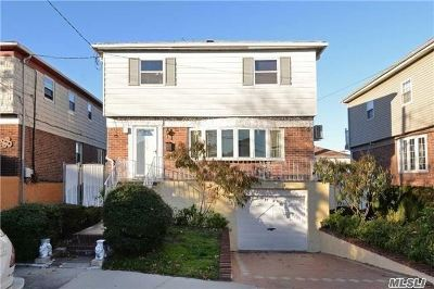 Bayside Single Family Home For Sale: 208-05 15th Ave