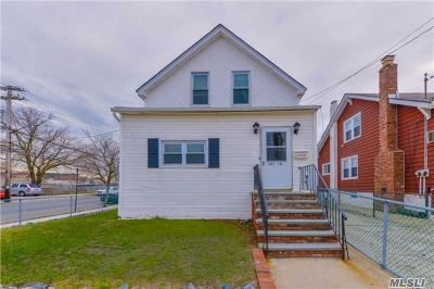 Queens County Single Family Home For Sale: 101-18 160th Ave