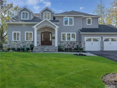 Nassau County Single Family Home For Sale: 192 Overlook Ter