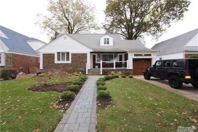 New Hyde Park Rental For Rent: 17 Stewart Ave