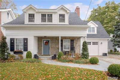 Malverne Single Family Home For Sale: 41 Utterby Rd