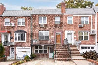 Fresh Meadows Multi Family Home For Sale: 53-26 196th St