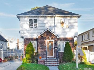 Fresh Meadows Single Family Home For Sale: 48-53 186th St