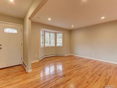 Farmingville Single Family Home For Sale: 14 Lynwood Ave
