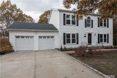 Medford Single Family Home For Sale: 74 Maple St