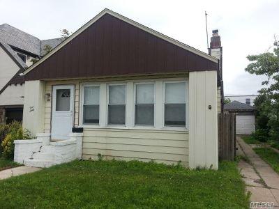 Lido Beach, Long Beach Single Family Home For Sale: 460 East Market St
