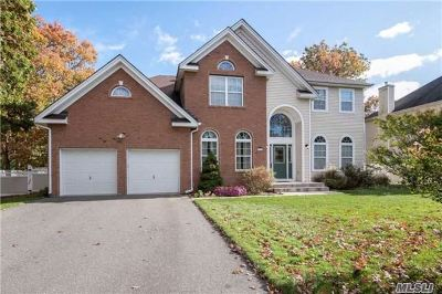 Miller Place Single Family Home For Sale: 33 Independence Way