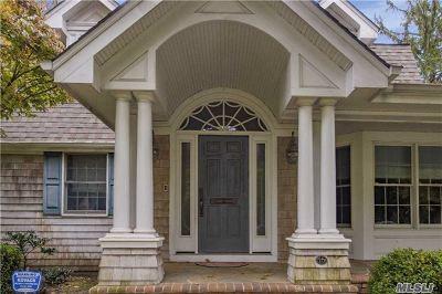 Nassau County Single Family Home For Sale: 10 Wildwood Ln