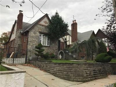 Flushing Single Family Home For Sale: 154-42 28th Ave