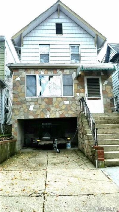 Queens County Single Family Home For Sale: 9-30 123rd St