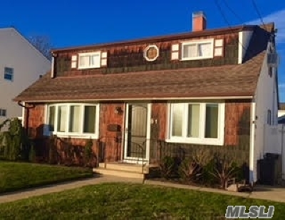 Nassau County, Queens County, Suffolk County Rental For Rent: 51 Cleveland Pl