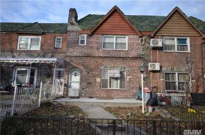Woodside Single Family Home For Sale: 48-32 63 St