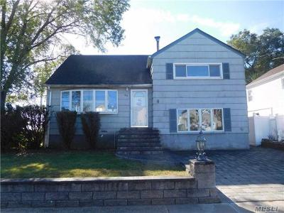 Freeport Single Family Home For Sale: 97 Norton St