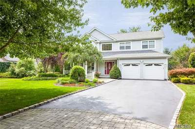 Smithtown Single Family Home For Sale: 9 Whispering Woods Dr