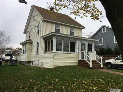 Bellmore Single Family Home For Sale: 708 Sunrise Ave