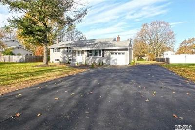 E. Northport Single Family Home For Sale: 203 Burr Rd