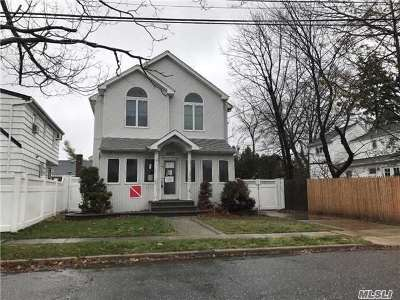 East Meadow Single Family Home For Sale: 2033 Freeman Ave