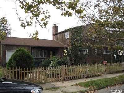 Long Beach Single Family Home For Sale: 471 Monroe Blvd