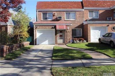 Fresh Meadows Single Family Home For Sale: 7731 171 St