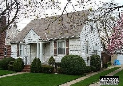 New Hyde Park Rental For Rent: 970 N 2nd St