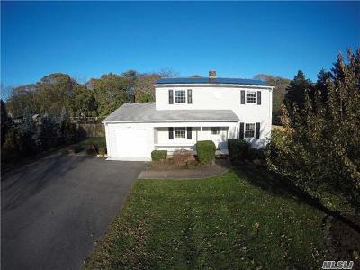 Mattituck Single Family Home For Sale: 495 Bennetts Pond Ln