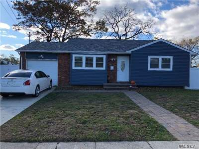 Deer Park Single Family Home For Sale: 294 W 16th St