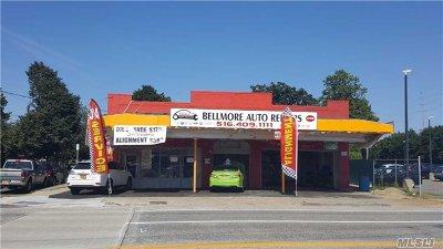 Bellmore Single Family Home For Sale: 2199 Bellmore Ave