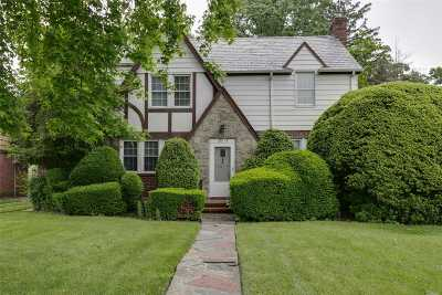 Douglaston, Little Neck, Bayside, Bay Terrace, Oakland Gardens Single Family Home For Sale: 201-13 38th Ave