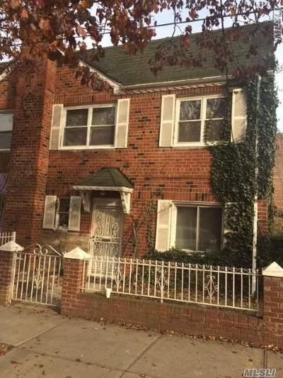Woodside Single Family Home For Sale: 50-59 67th St