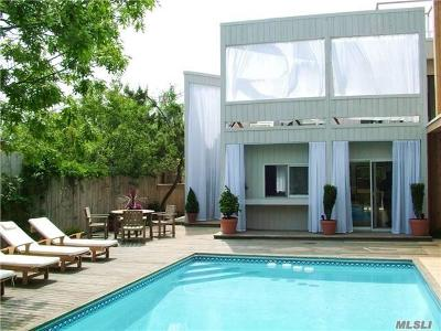 Suffolk County Single Family Home For Sale: 22 Atlantic Walk