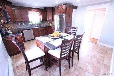 Copiague Single Family Home For Sale: 232 41st St