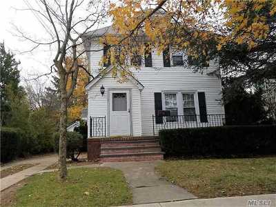 Bellmore Single Family Home For Sale: 417 Linden St