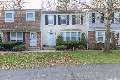 Suffolk County Condo/Townhouse For Sale: 10 Thornton Commons