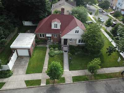 Bayside, Oakland Gardens Single Family Home For Sale: 217-72 77th Ave