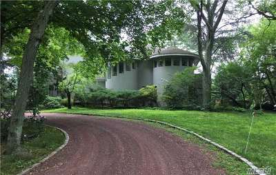 Old Westbury Single Family Home For Sale: 6 Bostwick Ln