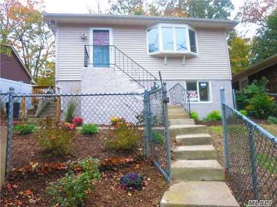 Sound Beach Single Family Home For Sale: 254 Lower Rocky Poin Rd