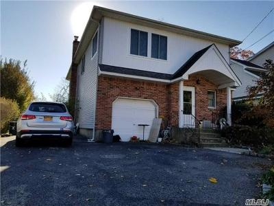 Bellmore Single Family Home For Sale: 2518 Oak St
