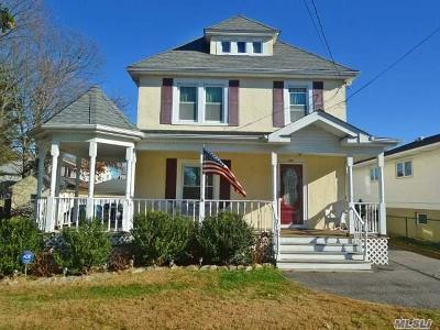 Lynbrook Single Family Home For Sale: 371 Scranton Ave