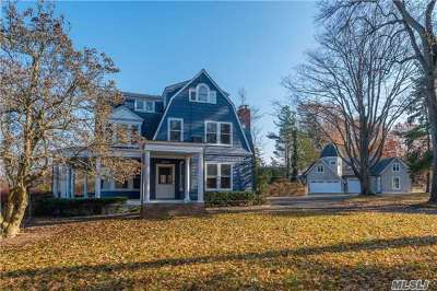 Suffolk County Single Family Home For Sale: 22 Bay Crest