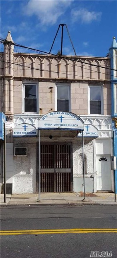 Queens County Multi Family Home For Sale: 84-41 164th St