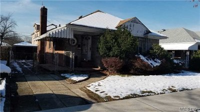 Queens County Single Family Home For Sale: 67-40 173rd St