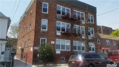 Queens County Commercial For Sale: 88-22 172nd St