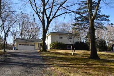 Port Jefferson Single Family Home For Sale: 4 Edgewood Ave