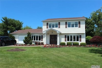Suffolk County Single Family Home For Sale: 72 Oleeta Rd