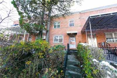 Flushing Single Family Home For Sale: 150-60 58 Ave