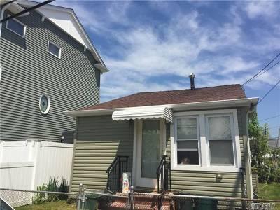 Single Family Home For Sale: 2 Sampson St